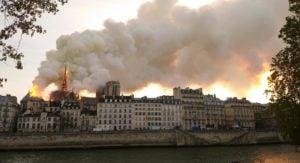 #64 - Faut-il sauver Notre-Dame ?